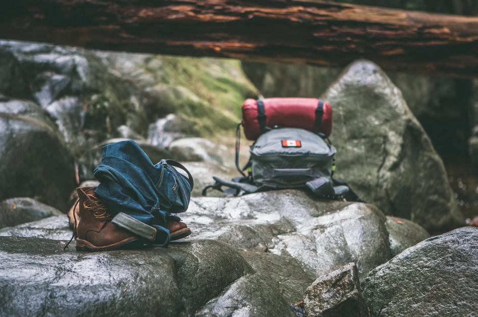 Memilih alas kaki yang khusus hiking