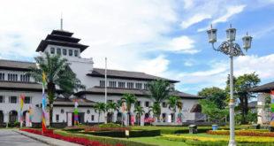 Bakso Paling Enak dan Murah di Bandung, Buktikan!
