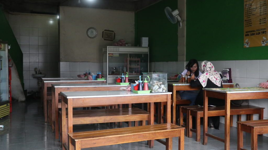 tempat batagor ihsan Lodaya Bandung