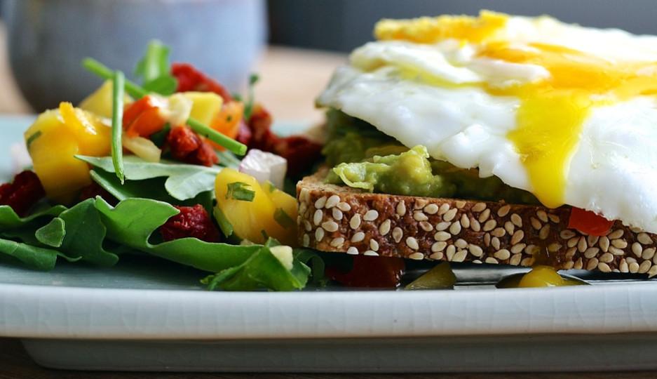 Protein - Camilan sehat - Meningkatkan Berat Badan Dengan Cara Sehat dan Alami