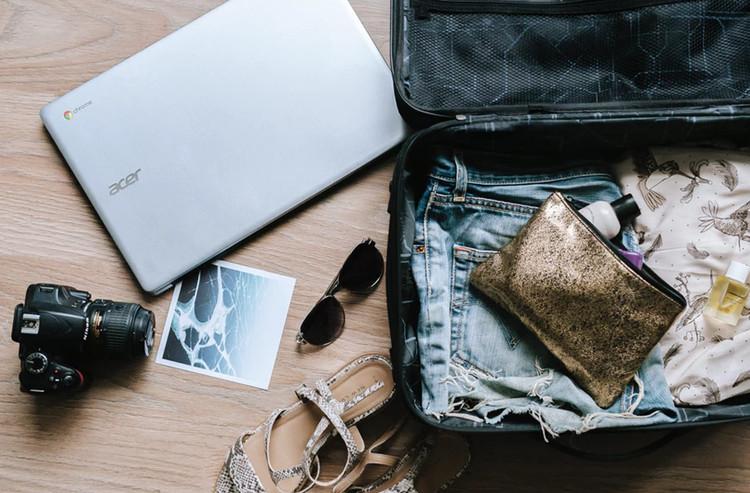 Packing Solo Traveling Perhatikan Tips Berikut ini