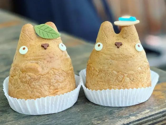 Puff krim Totoro untuk Penggemar Studio Ghibli di Pabrik Puff Krim Shiro-Hige