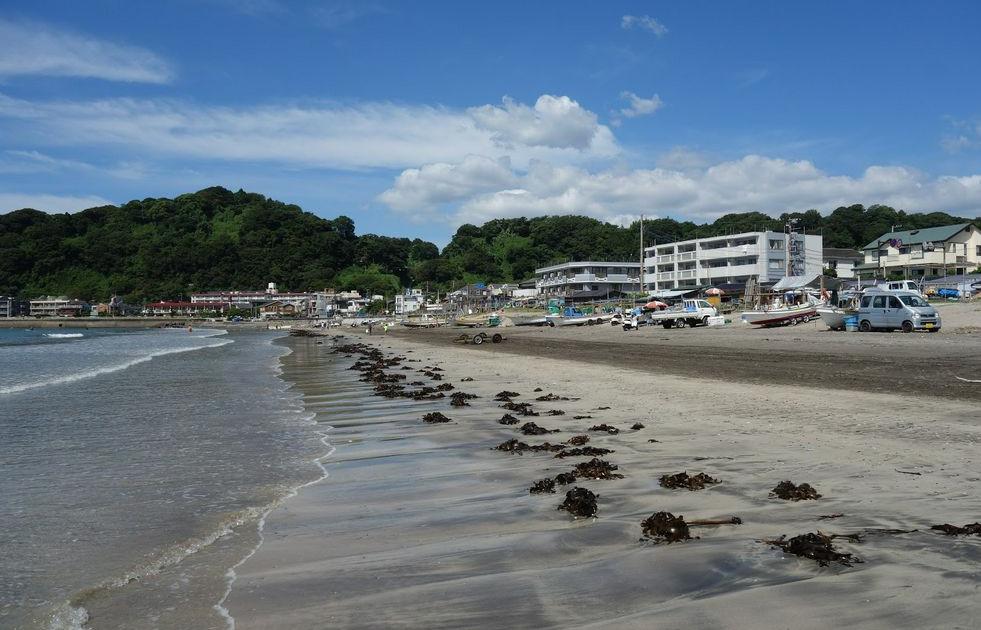 Pantai Yuigahama