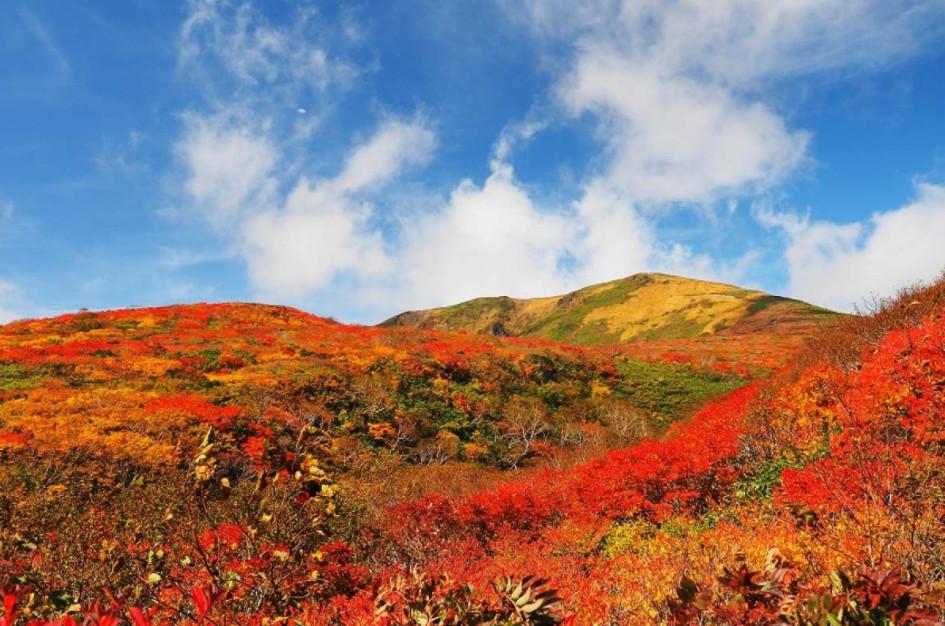 Gunung Kurikoma di Jepang
